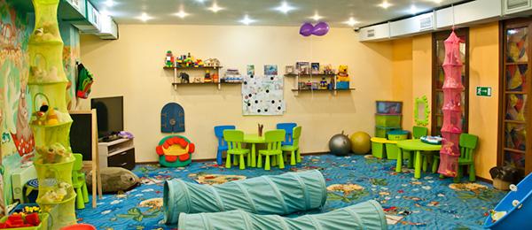 Рестораны и кафе с детской комнатой в Москве